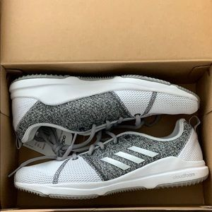 Adidas Arianna Cloudfoam running/training shoes